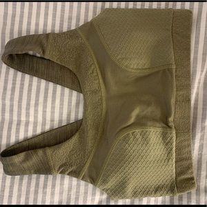 Gymshark True Texture Bra size small - Khaki